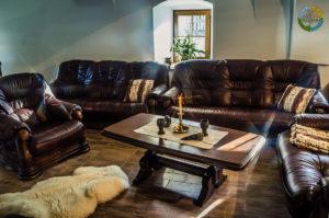 Pohled 3 do obývacího pokoje Penzionu Element