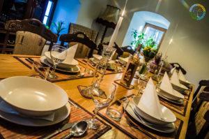 Slavnostní jídelní stůl Penzion Element